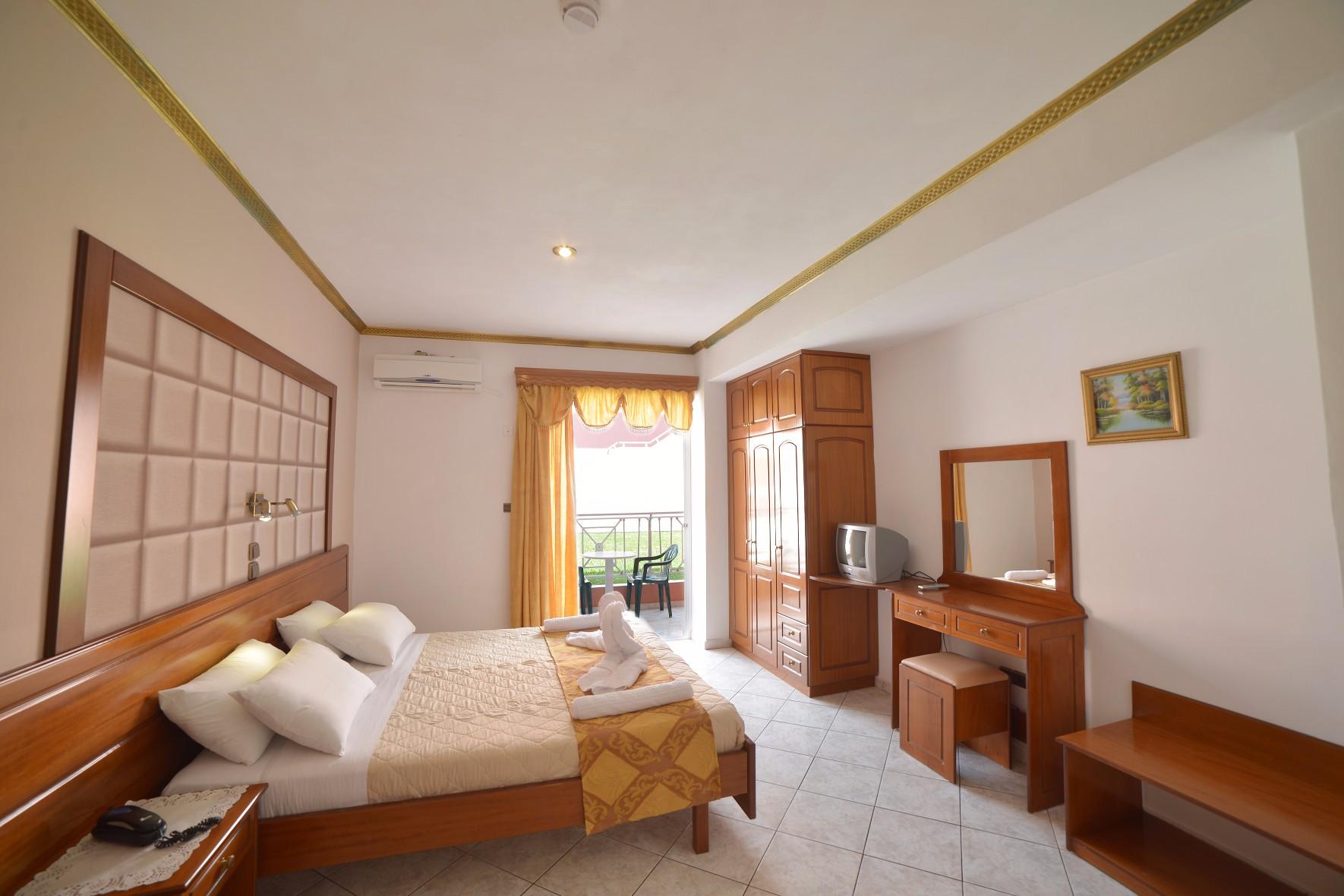 Angelina-Hotel-Sidari-Corfu-Standart-DBL-studio-3